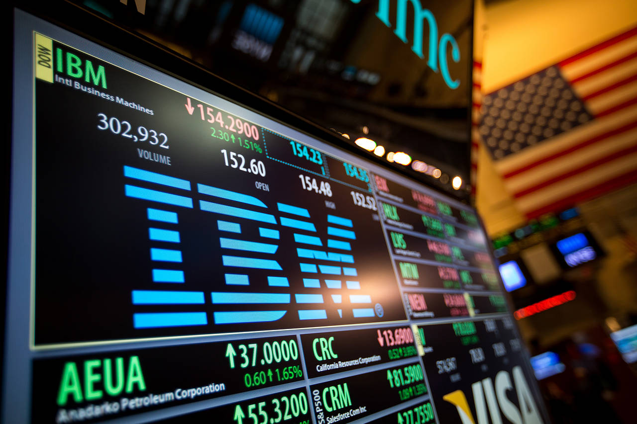 The First Revenue Miss in Five Quarters Caused IBM Shares to Take a Nosedive