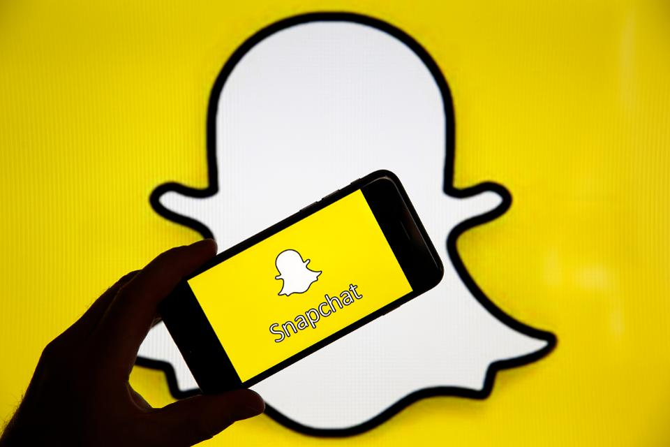Will SnapchatBe Able to Win Over Its Rivals by Its Data Play